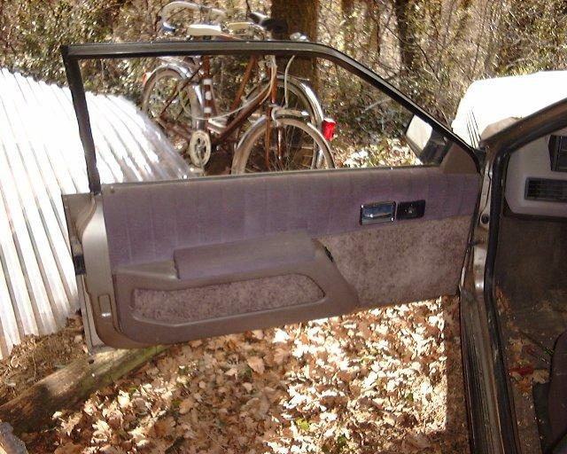 les voitures de fred changer un moteur de vitre electrique et ou une vitre. Black Bedroom Furniture Sets. Home Design Ideas